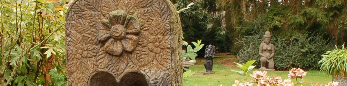 authentischen buddha statuen und gartendeko figuren skulpturen. Black Bedroom Furniture Sets. Home Design Ideas