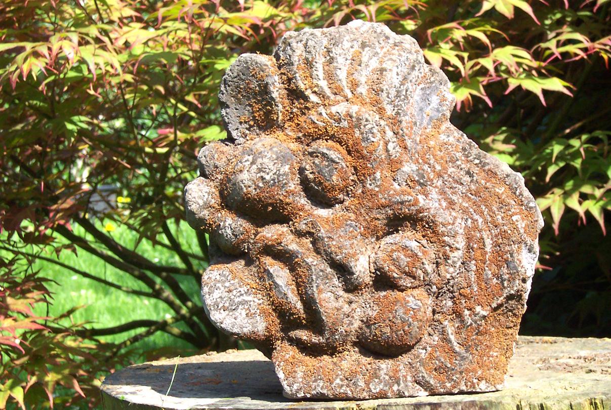 Bali deco beeldje 3418   zandsteen barong masker; oosters beeldje