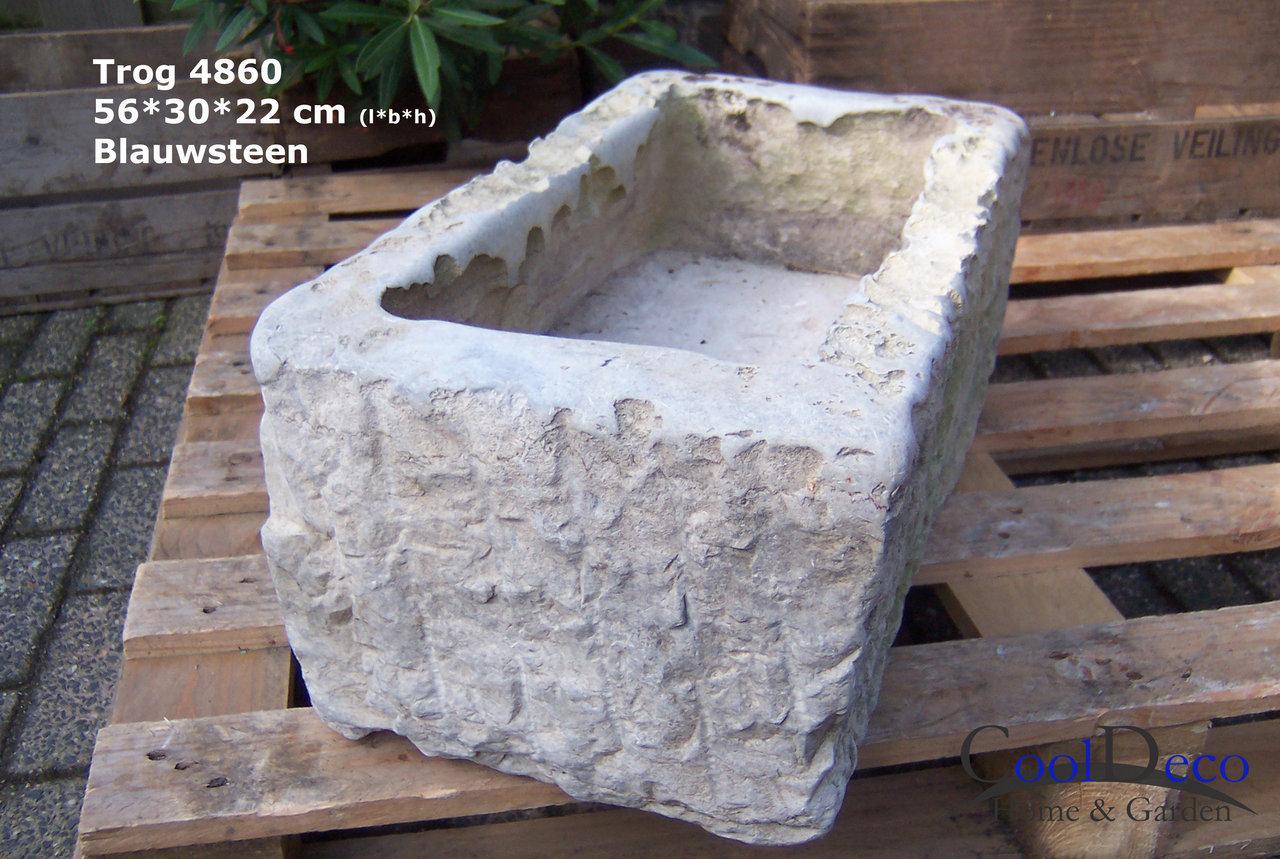 Kleine plantenbak natuursteen oude trog l4860 stenen for Grote vijverbakken