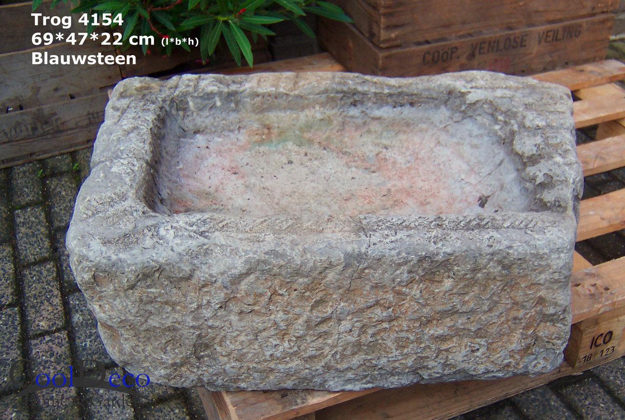 altes wasserbecken vogelbad l4154 cooldeco naturstein im garten. Black Bedroom Furniture Sets. Home Design Ideas